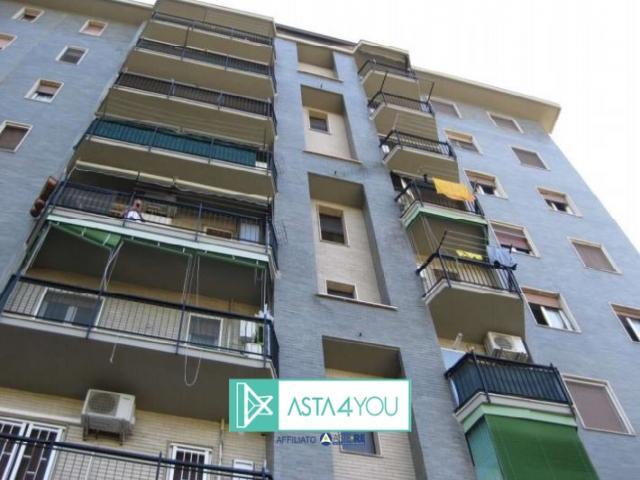 Case - Appartamento all'asta in via simone saint bon 16, milano (mi)