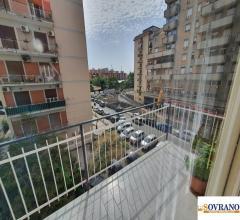 Montepellegrino/fiera: ampio e luminoso appartamento 2° piano mq 150