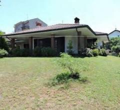 Case - Villa - via giacomo matteotti 19