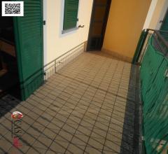 Case - Trilocale duplex con doppi servizi e locale open space