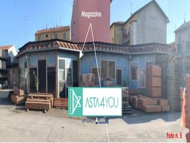 Case - Magazzino all'asta in via francesco rismondo 22, milano (mi)