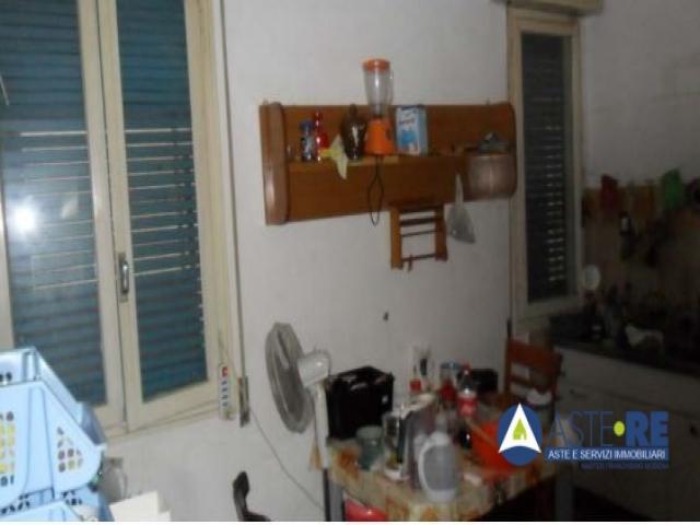 Case - Appartamento al p.1 in via baracchi n.25 ang. via agnini, modena - lotto 3