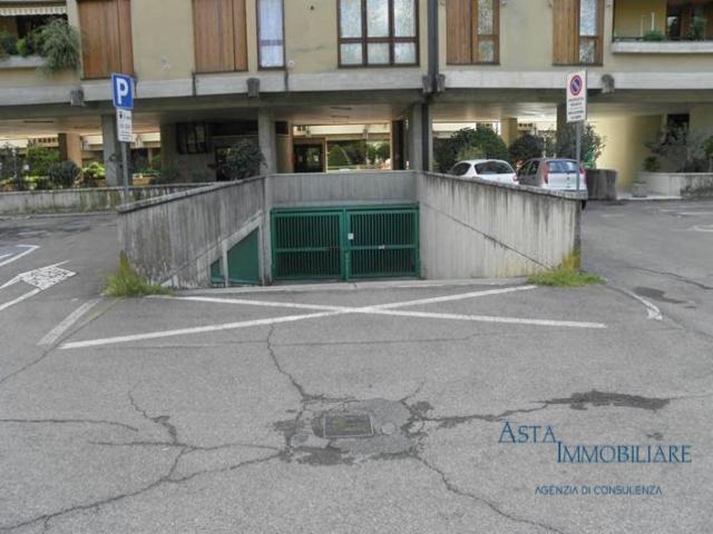 Case - Garage o autorimessa - via xxv aprile - arezzo (ar)