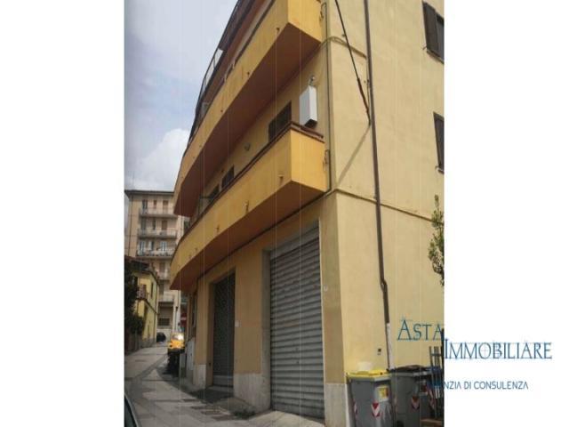 Case - Appartamento -  via vittorio veneto 13 - camucia-cortona (ar)