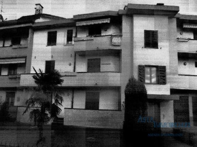 Case - Appartamento - via fratelli rosselli 10 - subbiano (ar)