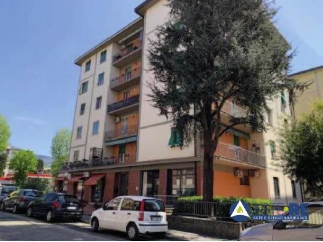 Case - Abitazione di tipo civile - via vincenzo monti n.15