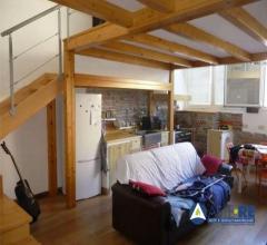 Case - Appartamento - via della loggetta 28
