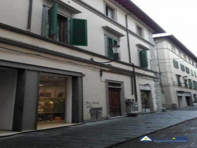 Case - Appartamento - via giuseppe del papa 19