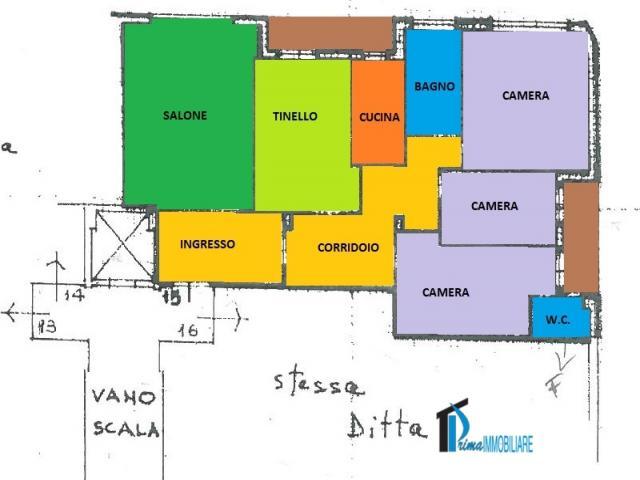 Case - Cesare battisti: ampio appartamento con garage