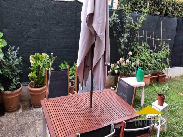 Case - Appartamento con giardino in vendita a massa