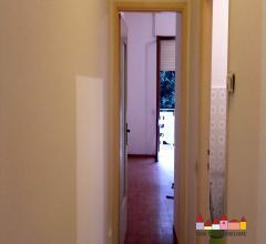 Carrara appartamento con area esterna