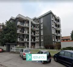Appartamento all'asta in via ospiate 22/24, frazione mazzo, rho (mi)