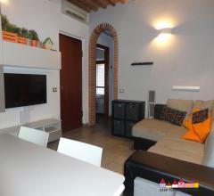 Carrara grazioso appartamento in centro