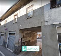 Appartamento all'asta in via marconi 12-14, magnago (mi)