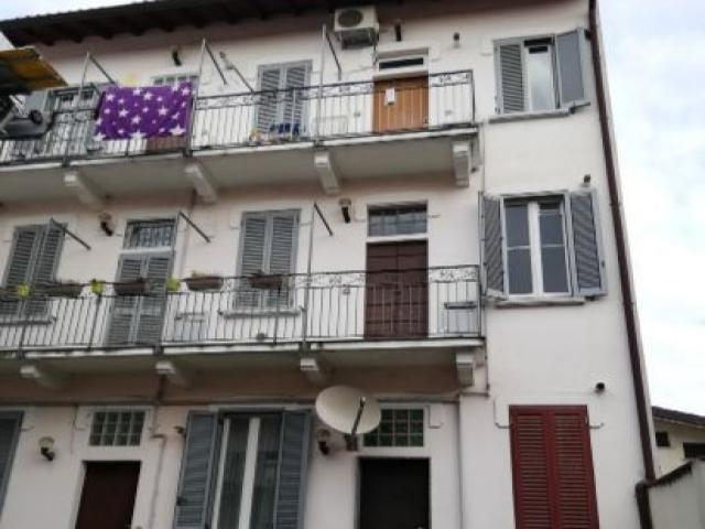 Case - Abitazione di tipo popolare - via cusago 90