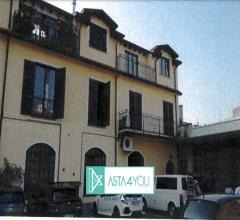Appartamento all'asta in via carlo imbonati 17/f, milano (mi)