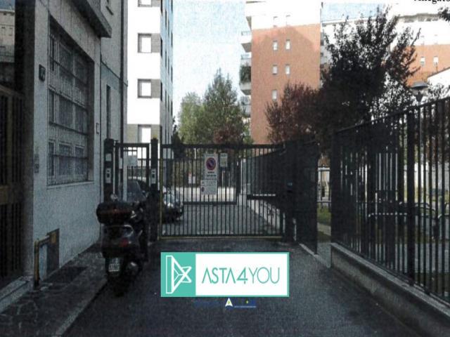 Case - Appartamento all'asta in via carlo imbonati 17/f, milano (mi)