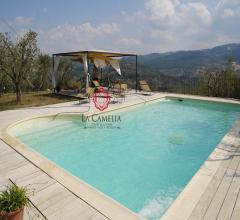 Case - Casolare con piscina sulle colline di seggiano