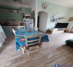 Case - Appartamento semindipendente con giardino a luni scavi rif 3780