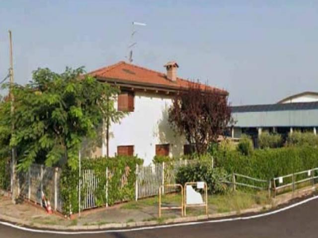 Case - Abitazione in villini - viale dell'industria n. 2
