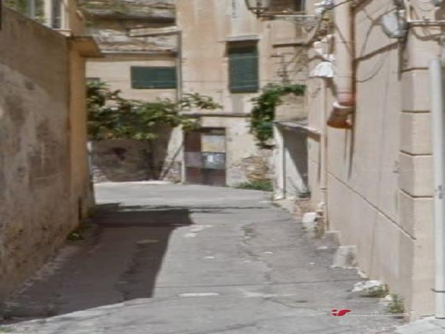 Affitto magazzino/deposito zona lincoln/foro italico