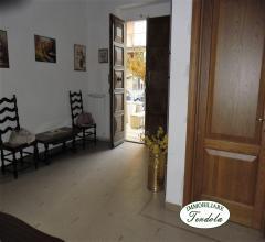 Piano terra in villa bifamiliare centro sarzana