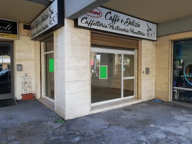 Locale commerciale in affitto a chieti scalo - stazione