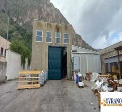 Carini: complesso industriale mq 1000 con annesso terreno