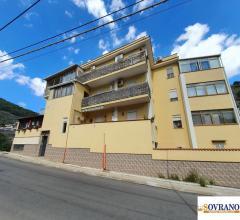 Falconara/baida: appartamento ristrutturato 2° piano con balcone