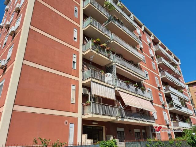 Case - Delizioso appartamento con terrazza in residence - zona brunelleschi