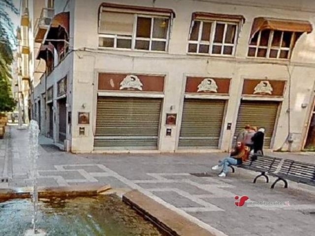Case - Palermo locale commerciale zona teatro massimo
