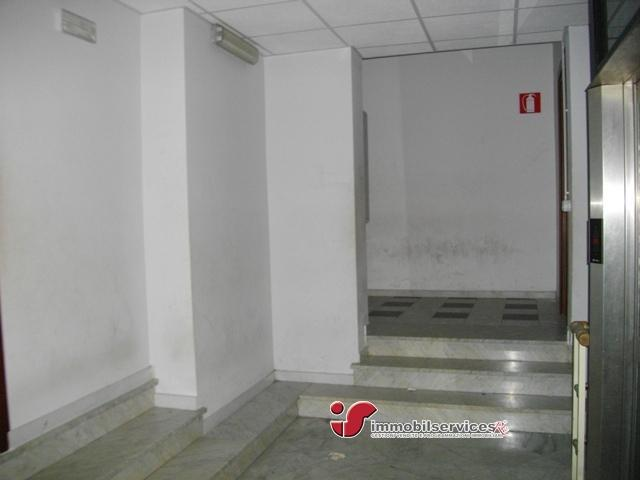 Case - Palermo locale commerciale zona tukory