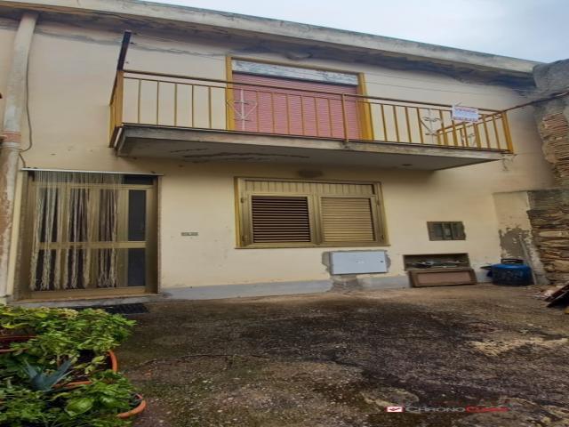 Case - Massa s.giorgio ,semindipendente di 70 mq con terrazzo