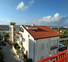 Villafranca,attico di due vani con terrazzo,vicino al mare,per uso transitorio